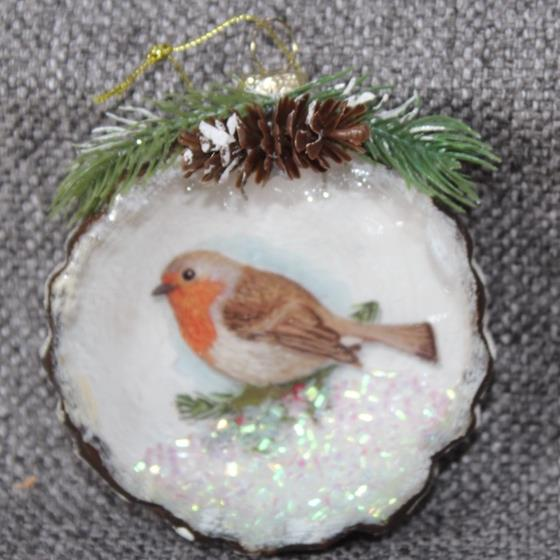 XM4440D Glass Robin OrnamentXM4440D Glass Robin Ornament